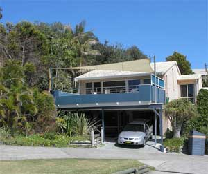 Holiday Rentals Places To Stay Blueys Beach Accommodation Boomerang Beach Accommodation Pacific Palms